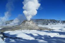 Castle Geyser Eruption, Winter...