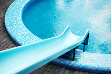Round Shaped Swimming Pool Wit...