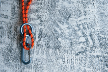 Knot With Metal Carabiner. Sil...
