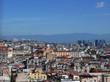 vista aerea degli affollati tetti di napoli in italia