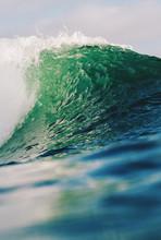 Crashing Water Wave