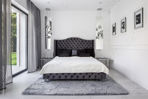 Glamour style bedroom