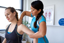Chinese Woman Physiotherapy Pr...