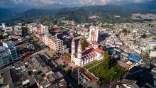 Vista Aerea De Chipre Y Zona De Bellas Artes En Manizales - Caldas- Colombia
