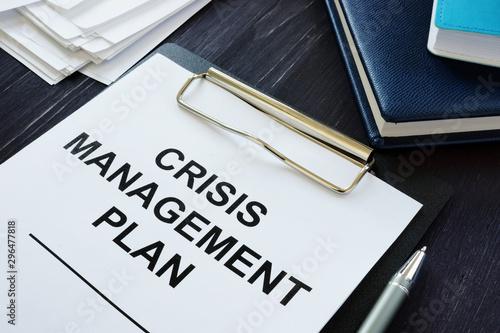 Cuadros en Lienzo Conceptual photo showing printed text Crisis management plan