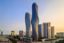 View Of Mississauga City In On...