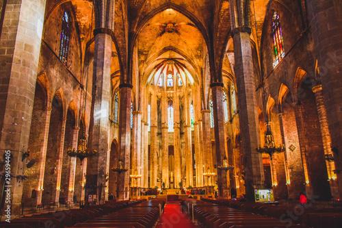 Valokuvatapetti バルセロナの教会