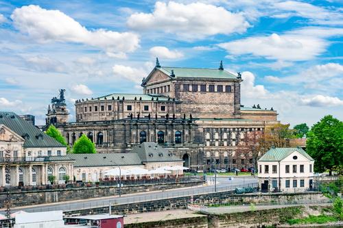 Foto op Plexiglas Oude gebouw State Opera House (Semperoper) in Dresden, Germany