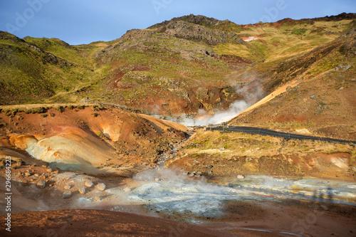 Photo Geothermal area in Krysuvik on early sunny morning, Southern Peninsula (Reykjane