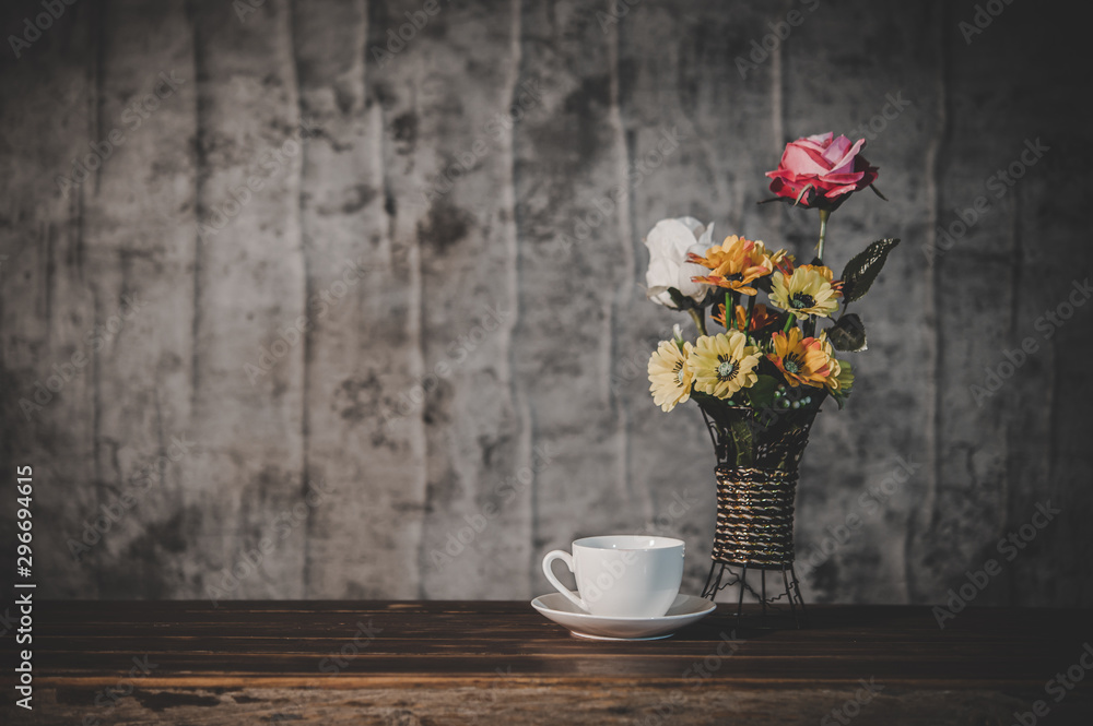 Obraz Still life with flower vases and coffee cups fototapeta, plakat