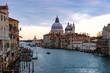 ベネチア アカデミア橋からの街並み 夕方