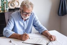 Senior Old Man Elderly Examini...