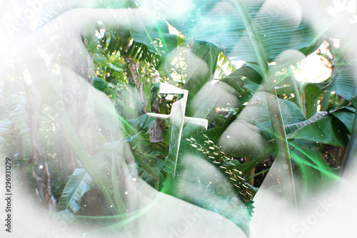 Photo Beautiful Jesus Christ Art With Gorgeous Tropical Nature Background Showing How