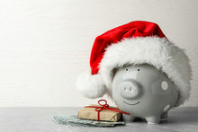 Piggy Bank With Santa Hat, Gif...