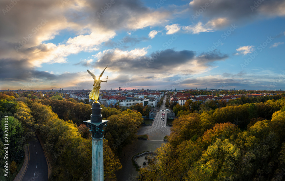 Fototapety, obrazy: Storm is coming - Autumn view over Munich, Germany, with Angel of Peace in foreground
