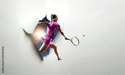 Fotomural Paper breakthrough hole effect and tennis player
