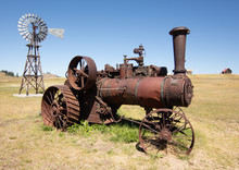 Old Steam Powered Tractor Rust...