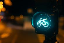 Traffic Light Cycle Lane