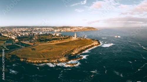 Fototapeta Panorámica A Coruña con Torre de hércules y el mar obraz
