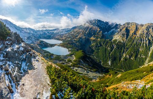 Dolina Pięciu Stawów ze szlaku na Świstówkę, Tatry, Polska #297114838