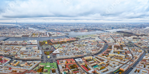 Obraz Large aerial panoramic view of  Saint Petersburg, Russia at cloudy day - fototapety do salonu