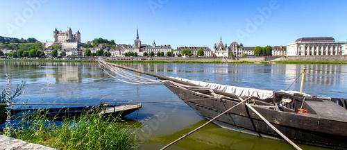 Ville de Saumur. Canvas Print