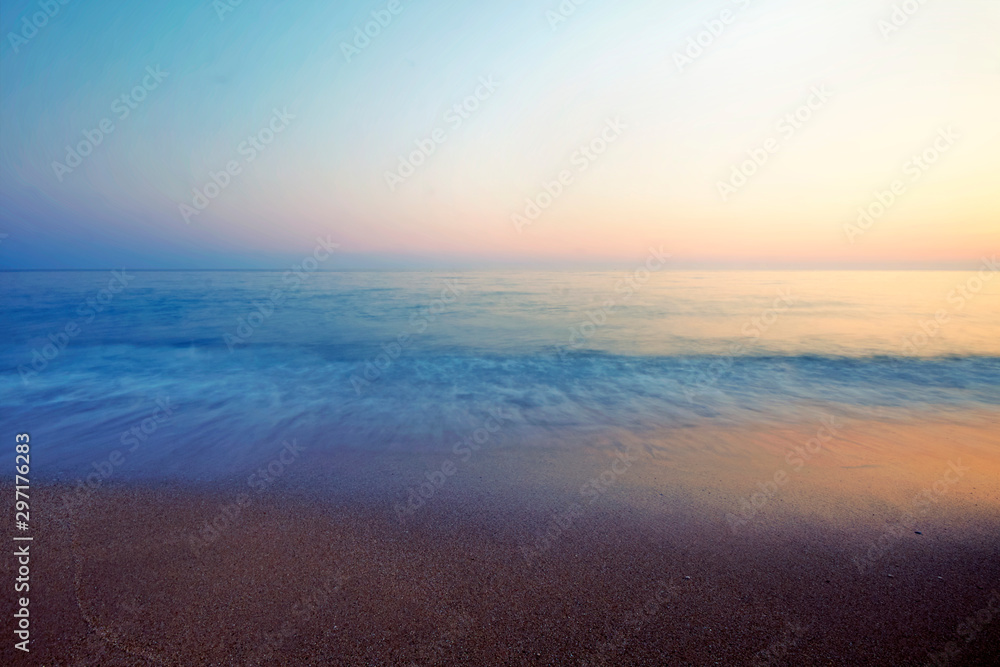 Fototapety, obrazy: A peaceful sea and a shore