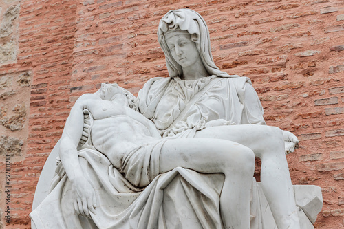 Fotomural Replica of Miguel Angel's famous sculpture the Pieta at Adolfo Suarez park of to