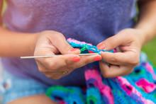 Craftswoman's Hands Knitting S...