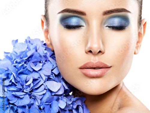 Fotografie, Tablou Makeup Face Flower Blue Woman Fashion