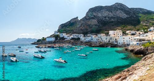 Fotomural The sea of Levanzo, A small island of Sicily, Italy.