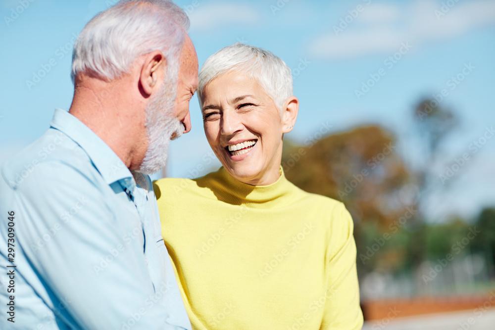 Fototapety, obrazy: senior couple happy elderly love together