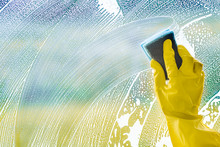 Windows Cleaning, Smudges Or S...