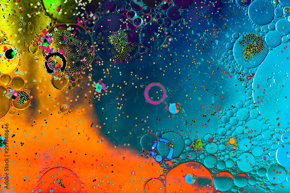 Fototapety, obrazy: Macro shot of water oil emulsion over colored background