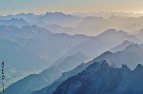 Fototapeta Berggipfel, Blick vom Säntis, Ostschweiz obraz