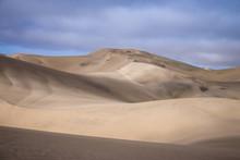 Dune De Sable Jaune Du Désert...