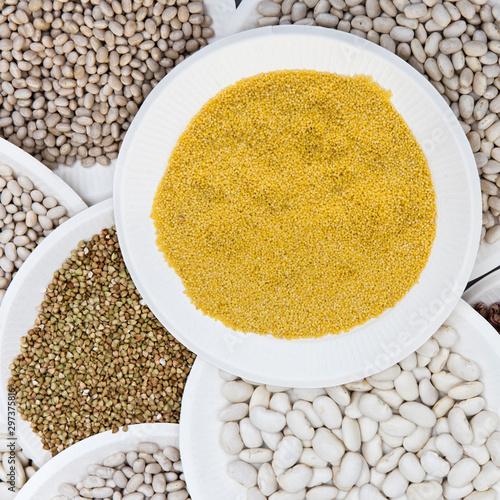 Hülsenfrüchte, Getreidearten, bio