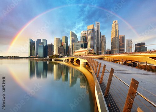 Singapore business district with rainbow - Marina bay Fototapet