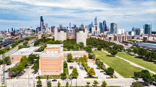 Fotografie, Tablou  Aerial view of downtown Chicago Skyline with southside landscape