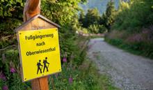 Wanderweg Am Fichtelberg Im Er...