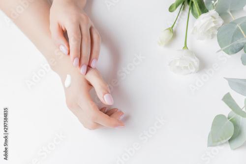 Folia na okno łazienkowe Koncepcja kosmetycznej pielęgnacji ciała
