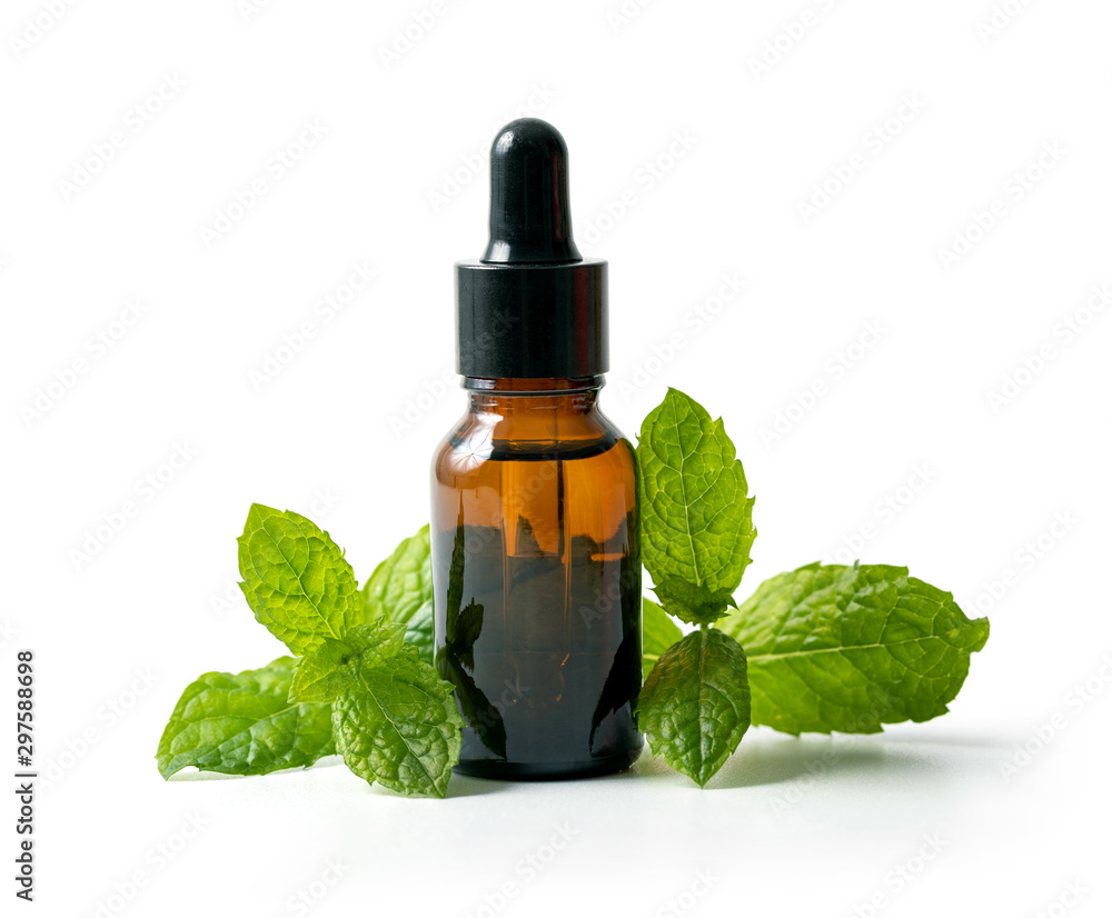 Fototapety, obrazy: bottle with mint essential oil and green leaf isolated on white background