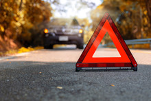 Red Triangle, Red Emergency St...