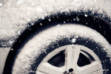 Cars Tyre Covered By Snow On S...