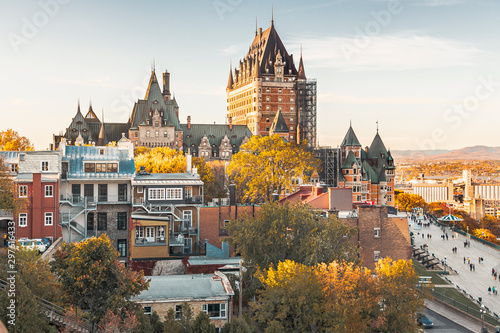 Staande foto Canada Cityscape or skyline of Chateau Frontenac, Dufferin Terrace and Saint Lawrence river at overlook in old town