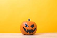 Halloween Pumpkins In Color Ba...