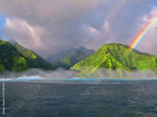 Carta da parati Exploring tropical island of tahiti