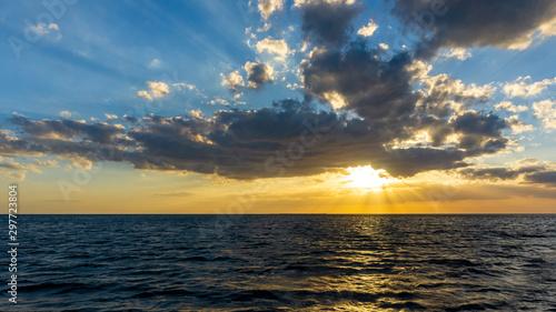 Sunset in the Caribbean sea, Tunas de Zaza, Cuba Slika na platnu