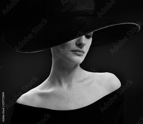 Fototapety, obrazy: portrait of young woman
