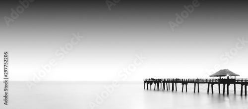 Fototapeta molo  pier-black-and-white